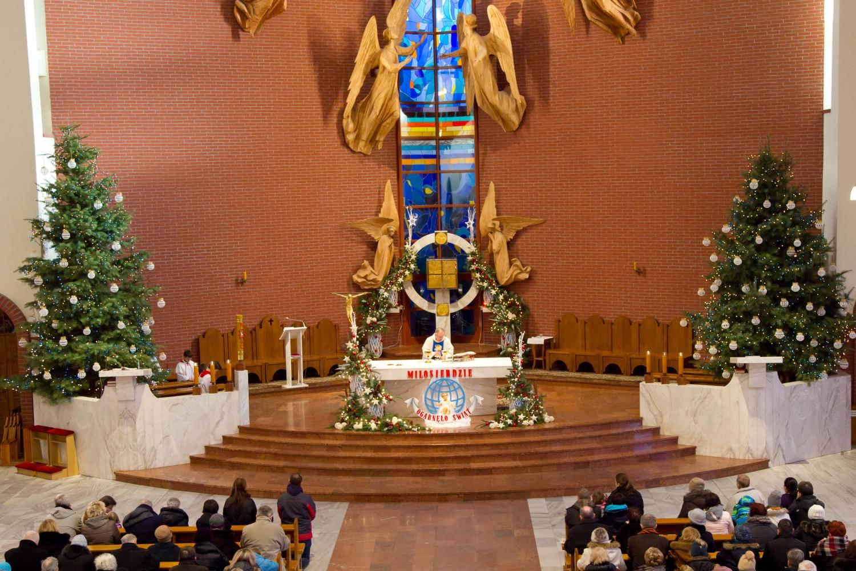 Pasterka na Bemowie parafia Matki Bożej Królowej Aniołów